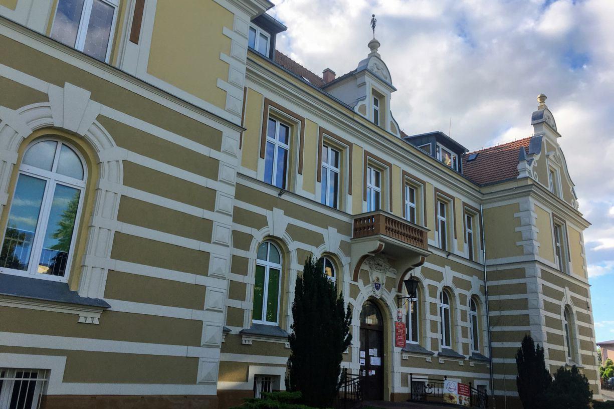 Chojnice to dobre miejsce dla szkolenia kadry kolejowej - uważają członkowie klubu PiS w chojnickiej Radzie Powiatu