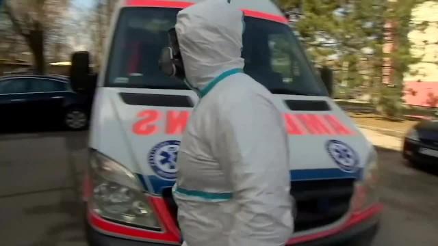 &bdquoNastawialiśmy się na 2-3 miesiące walki z pandemią, a to mogą to być lata&rdquo. Trudna sytuacja w krakowskim szpitalu