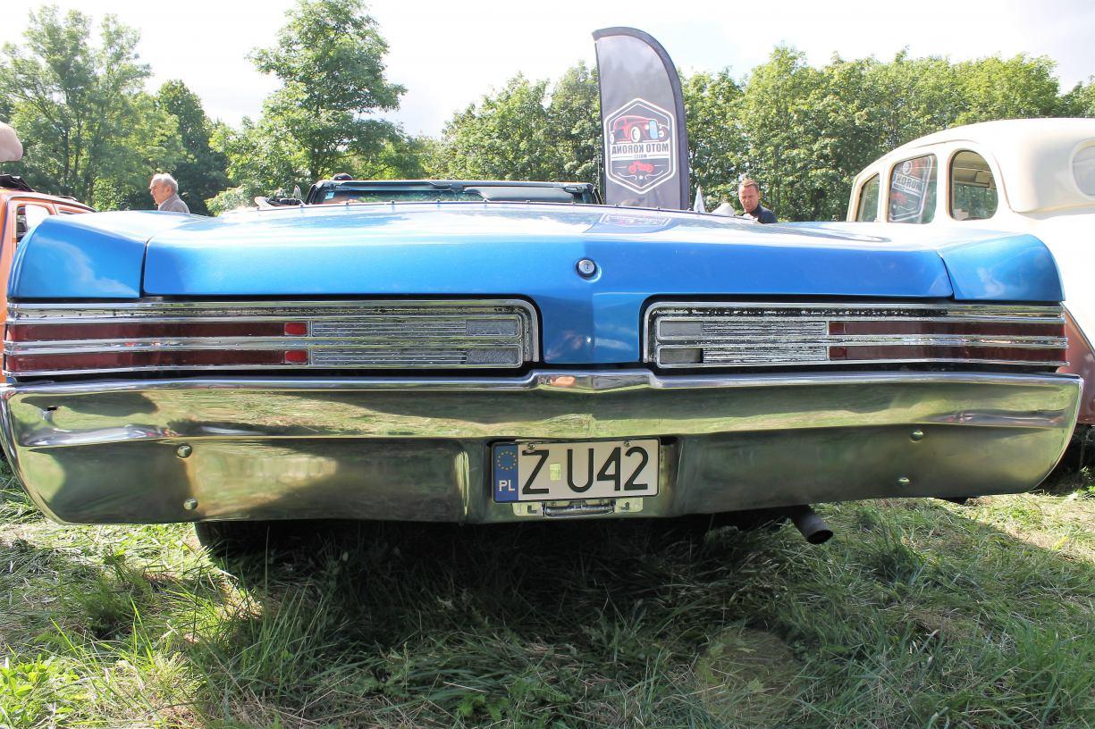 Buick LeSabre. Amerykański olbrzym w sam raz na lato.