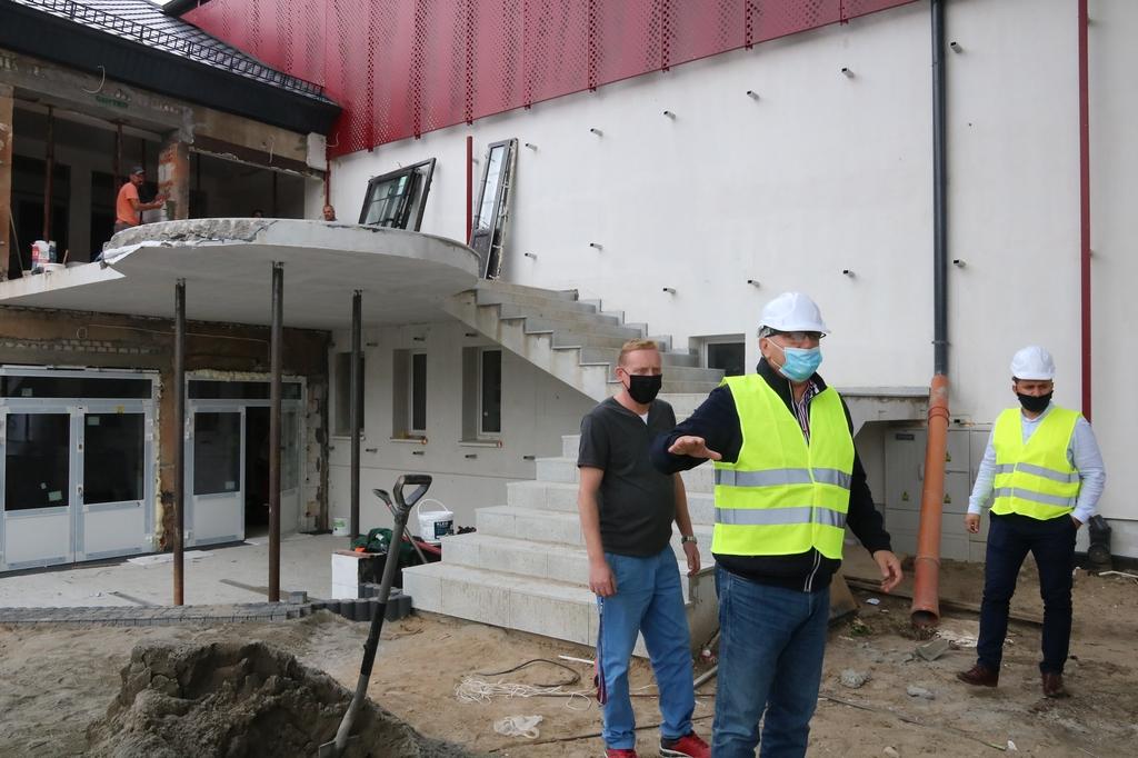 Remont Miejskiego Domu Kultury w Człuchowie na ostatniej prostej FOTO