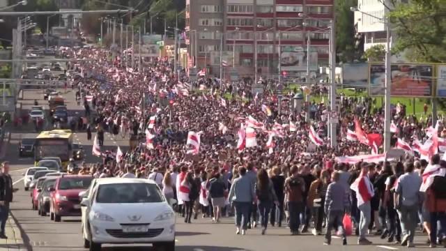 150 tys. ludzi w marszu przeciwko A. Łukaszence. Protesty na Białorusi nie słabną