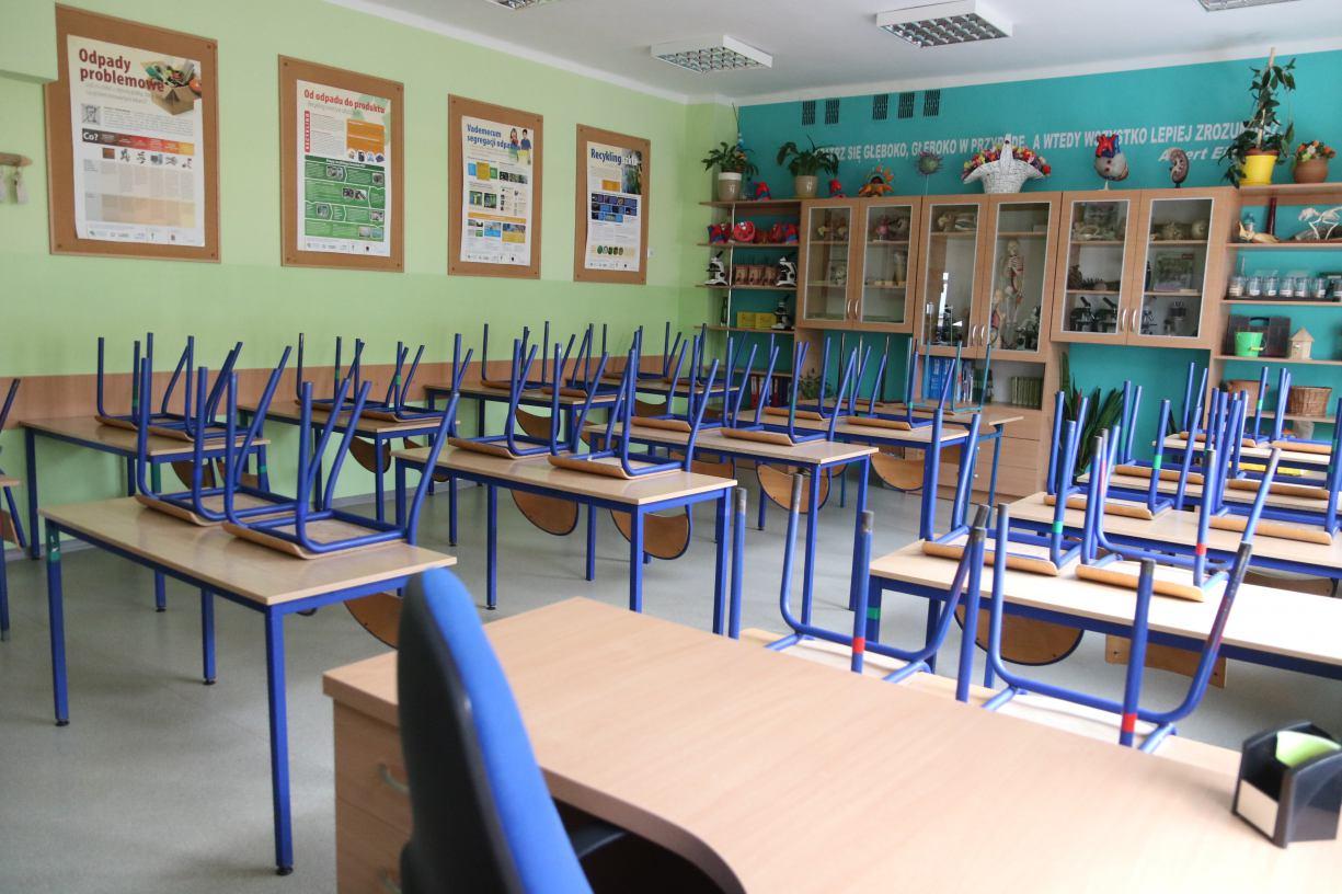 Awaria wodociągowa w Szkole Podstawowej nr 1 w Człuchowie. W środę 30.09 placówka będzie nieczynna