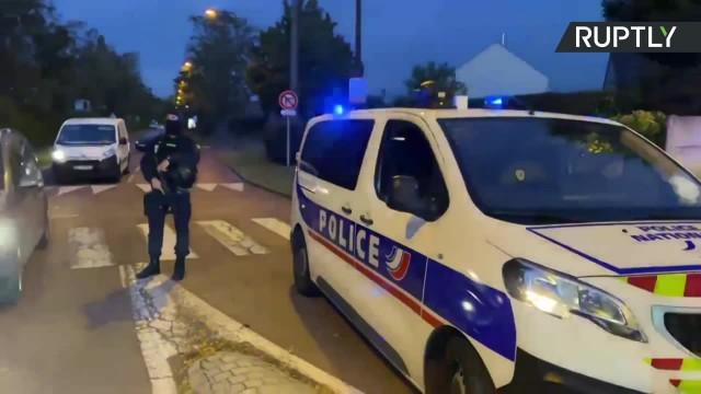 Atak dżihadysty pod Paryżem. Odciął głowę nauczycielowi