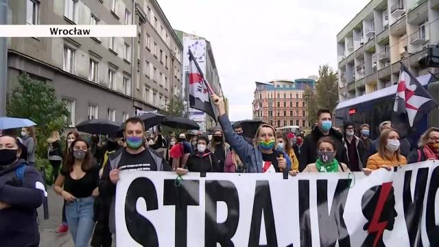 W największych miastach protestowano przeciwko wyrokowi TK w sprawie aborcji