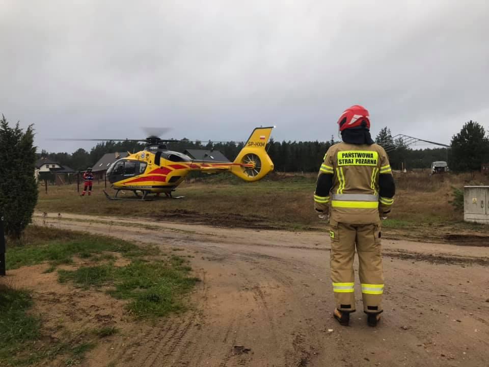46-letni mieszkaniec powiatu kościerskiego spadł z dachu w Łubianie