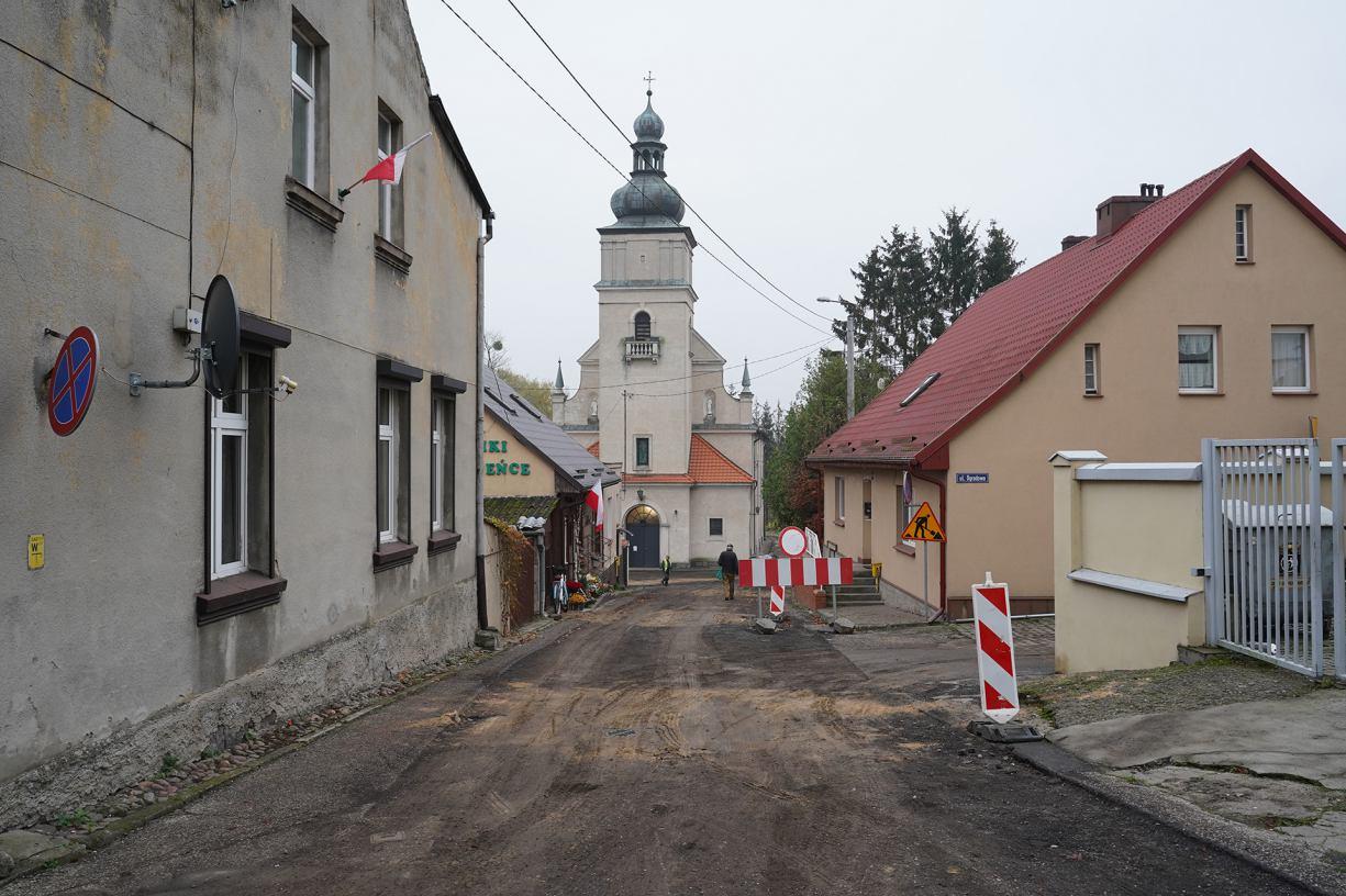 Nie uda się w tym roku zakończyć prac rewitalizacyjnych przy kościele w Sępólnie?