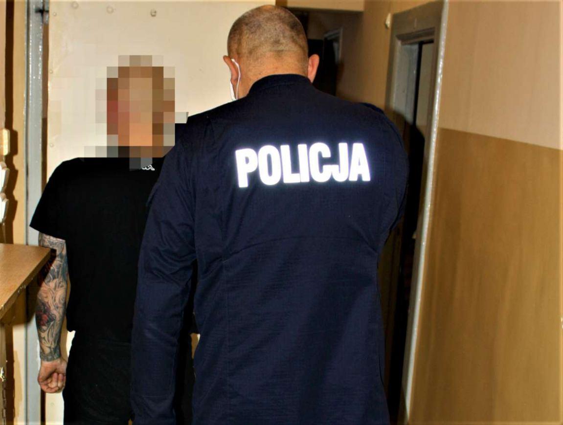 Nawet 10 lat więzienia grozi dwóm mieszkańcom Gdańska za włamanie do drogerii na terenie powiatu kościerskiego