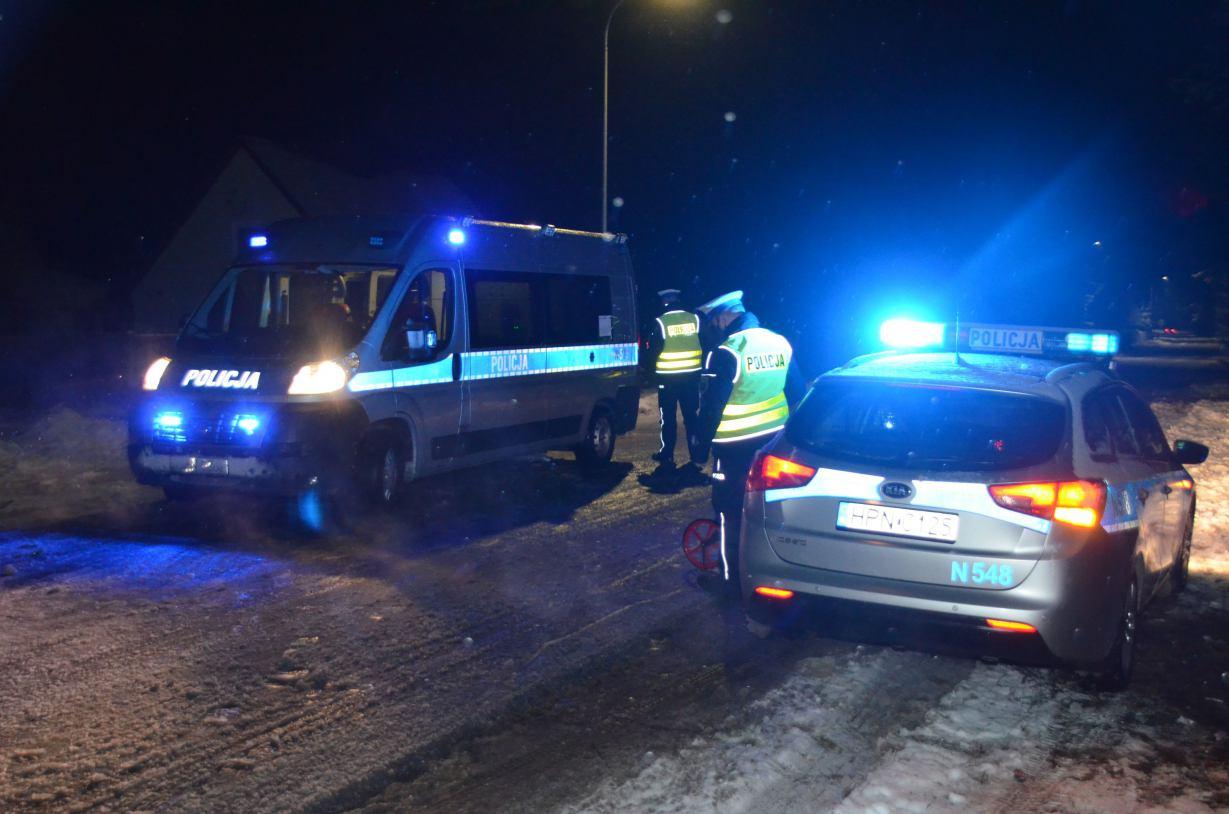 Cztery osoby zostały ranne we wczorajszym wypadku w Konarzynach w powiecie kościerskim
