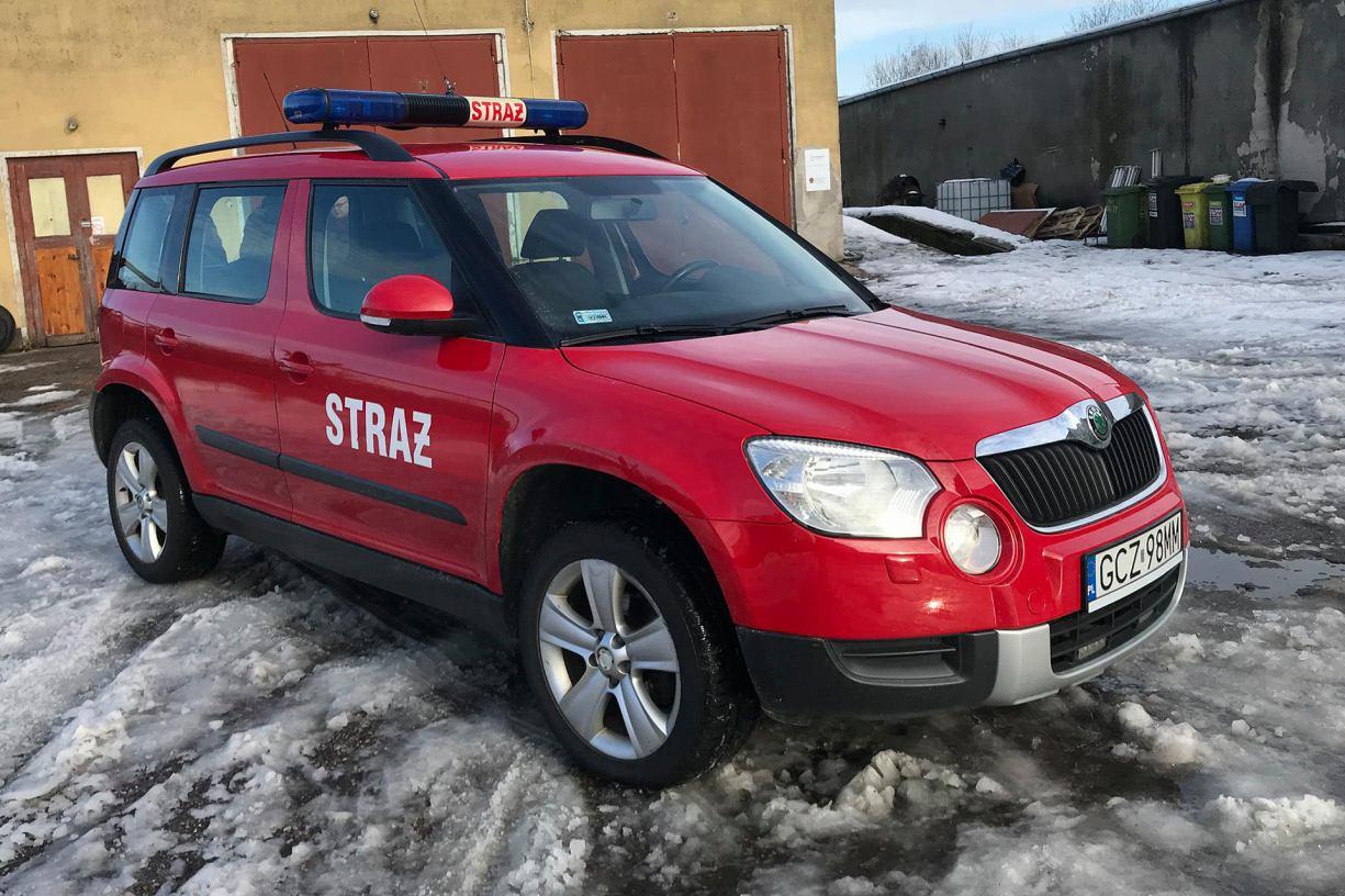 Yeti w OSP w Przechlewie. Jednostka otrzymała skodę z Komendy Powiatowej PSP w Człuchowie