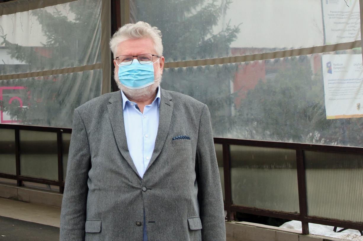 Choć chorych przybywa, nadal są osoby, które mimo diagnozy nie wierzą w istnienie pandemii ROZMOWA