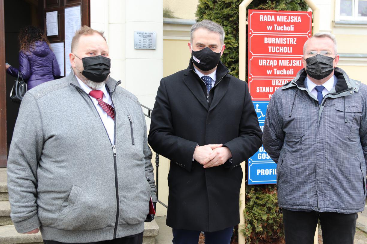 Poseł Krzysztof Gawkowski w Tucholi Oddłużyć szpitale - tak, ukraść szpitalom niezależność - nie