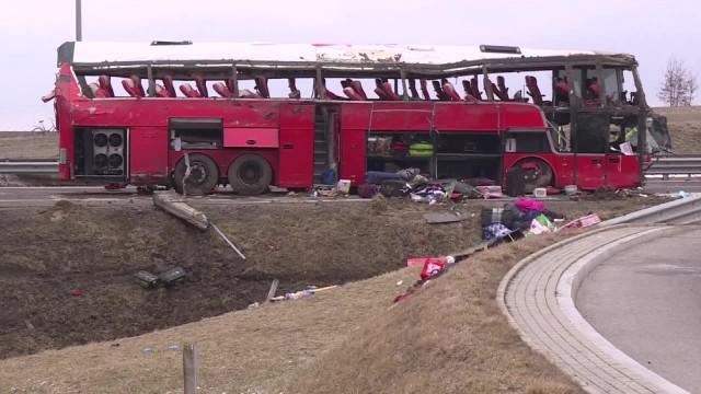 Wypadek ukraińskiego autokaru na Podkarpaciu. Wojewoda podkarpacki o działaniach służb
