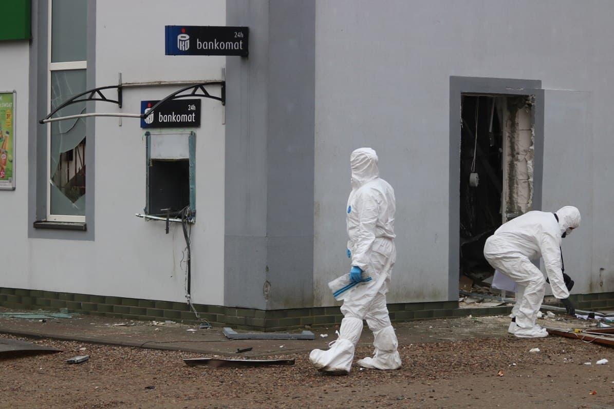 Prawie 560 tys. zł skradziono z bankomatu w Przechlewie. Śledztwo prowadzi człuchowska Prokuratura Rejonowa