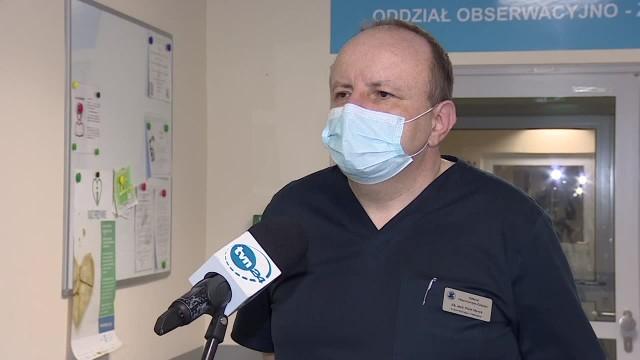 Lekarz Testów jest zbyt mało, a pacjenci trafiają do szpitala zbyt późno