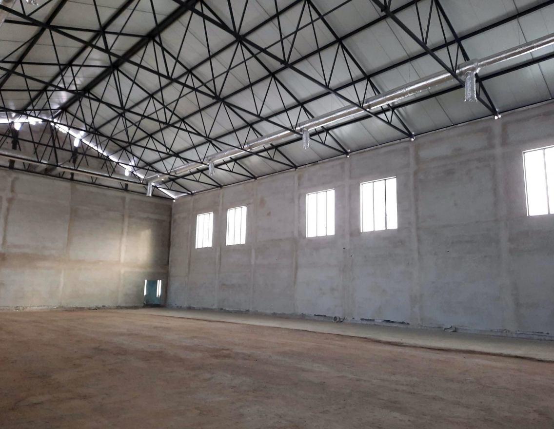 Nowa hala sportowa przy kościerskiej budowlance będzie gotowa w grudniu tego roku. Trwają prace wykończeniowe FOTO