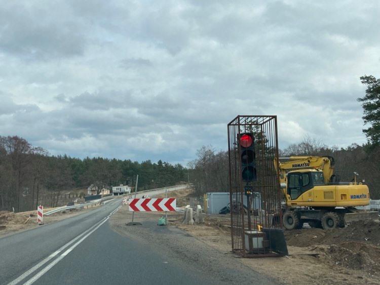Podczas rozbudowy drogi krajowej nr 20 na odcinku Kościerzyna - Korne odkopano nieznany obiekt. Nie wiemy, co to  jest