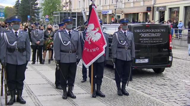 Hołd dla policjanta zastrzelonego na służbie w Raciborzu