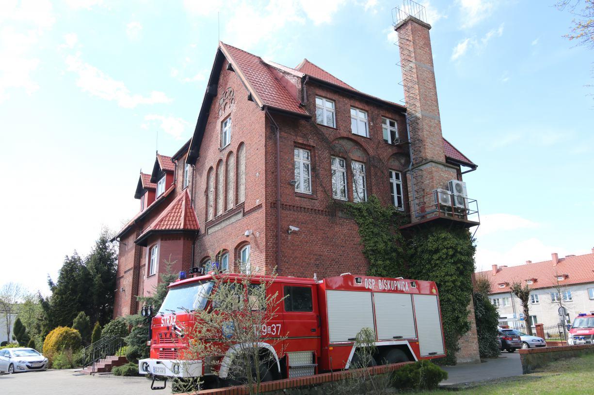 Druhowie z OSP w Biskupnicy w gminie Człuchów wycofali swój wóz z akcji