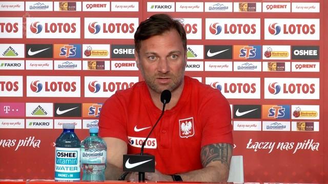 Premier Mateusz Morawiecki odwiedzi kadrowiczów przed Euro 2020. Piłka nożna to chyba jeden z ostatnich bastionów, który raczej łączy, a nie dzieli ludzi