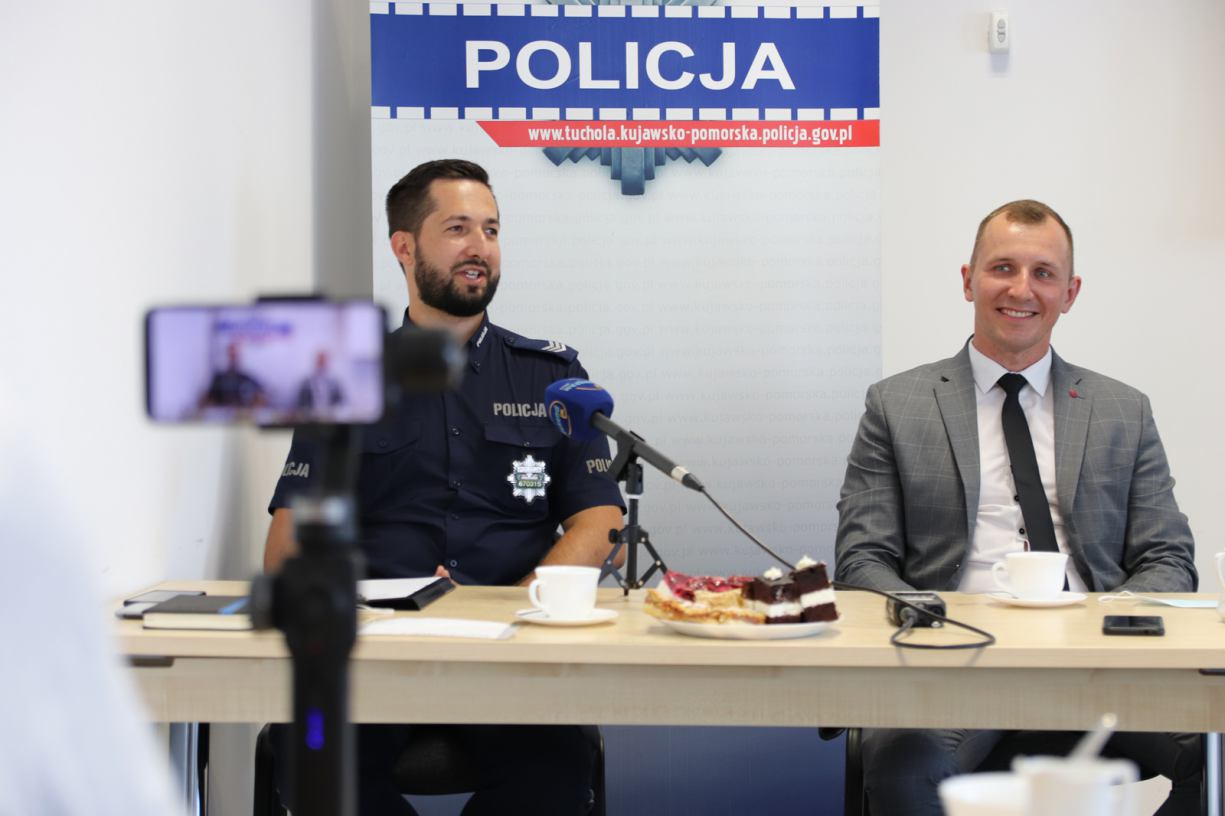 Tucholska policja ma nowego rzecznika. Poprzedni rozpoczyna pracę w jednostce wojskowej w Nieżychowicach