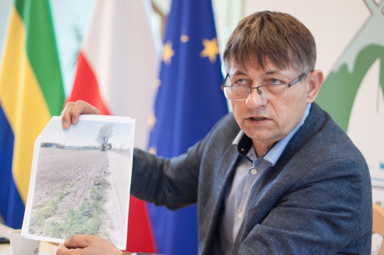 Gmina Chojnice złożyła zawiadomienie w prokuraturze w sprawie podoranej drogi w Nieżychowicach