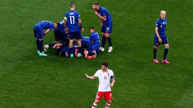 Falstart reprezentacji Polski na Euro 2020. Biało-czerwoni przegrali ze Słowacją 12