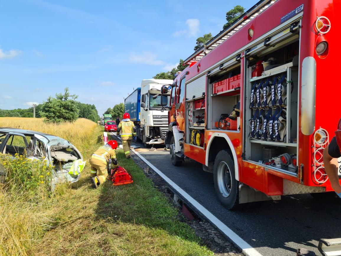 Dwie osoby poszkodowane w wypadku na drodze krajowej nr 25 w gminie Sępólno Krajeńskie