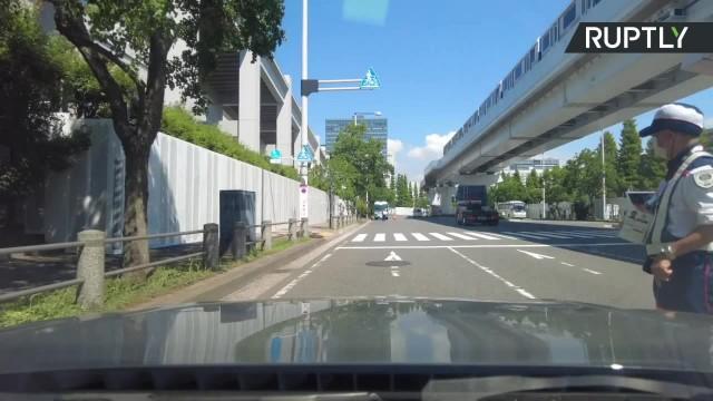 Igrzyska w Tokio Wzmożone środki bezpieczeństwa w centrum prasowym. Dziennikarze są poddawani skrupulatnej kontroli