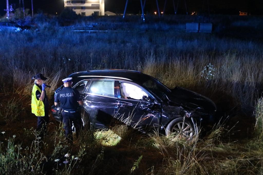Wczorajszy wypadek na przejeździe kolejowym pod Chojnicami zakwalifikowano jako spowodowanie katastrofy komunikacyjnej