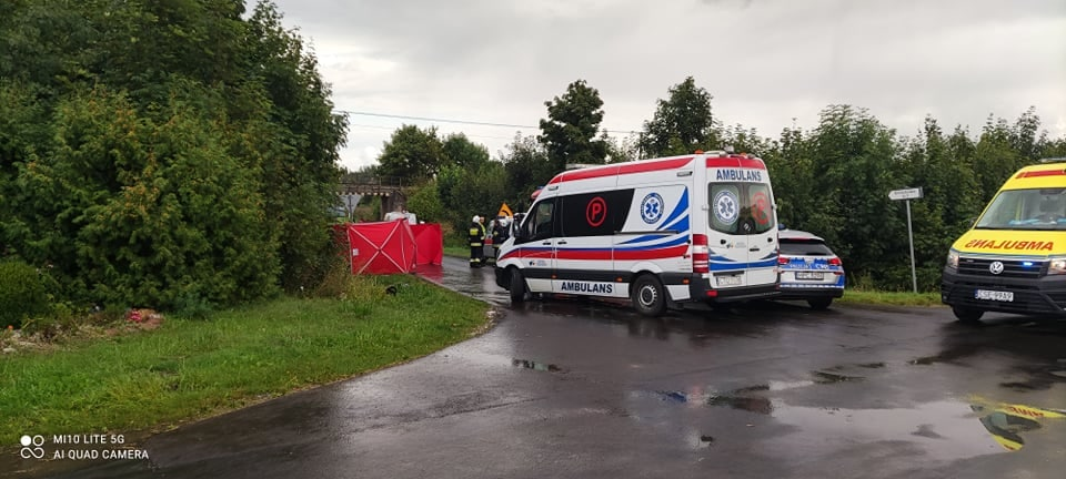 Zderzenie skutera z busem w powiecie tucholskim. Nie żyje kobieta