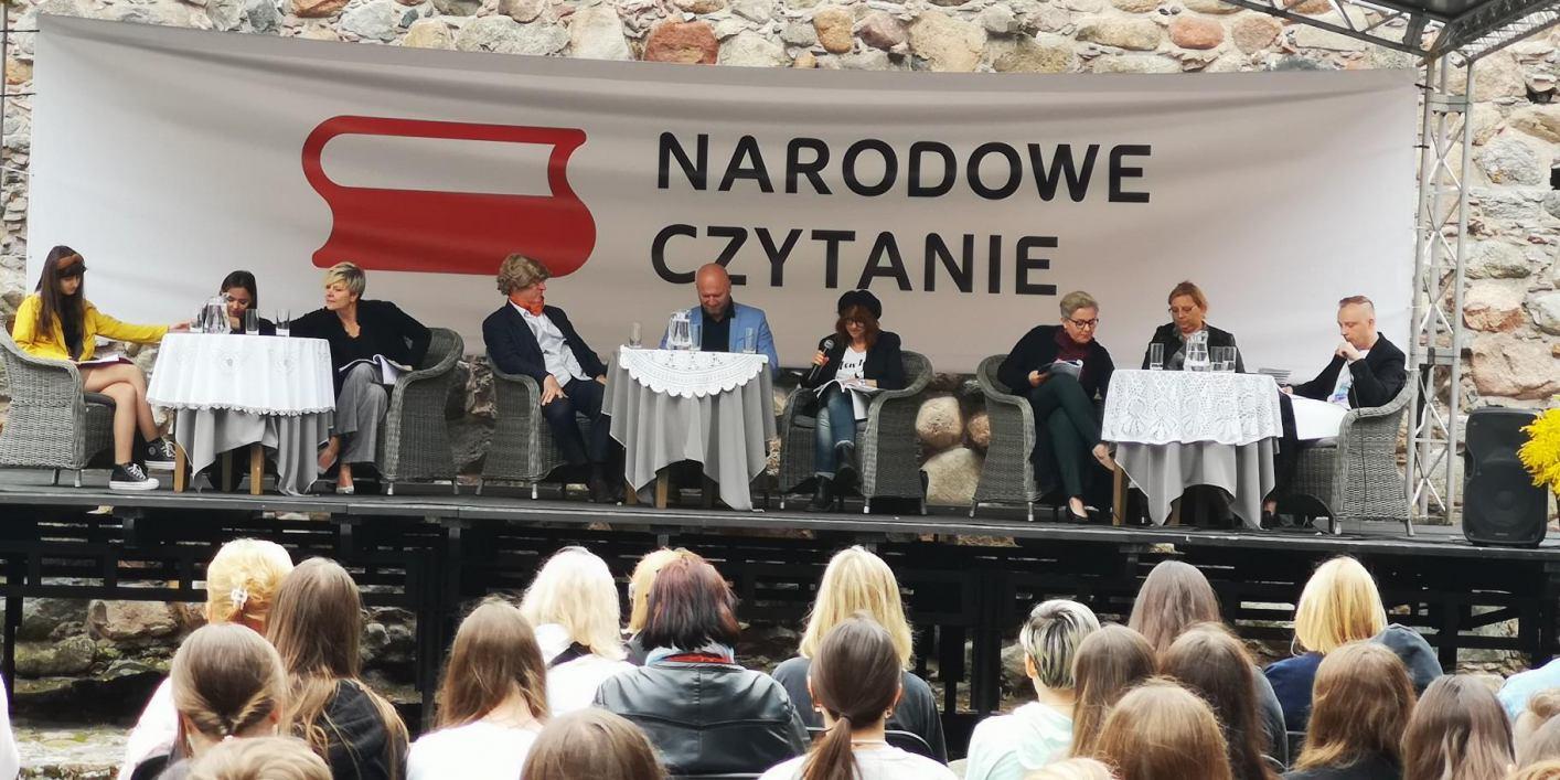 Wczoraj na zamku w Bytowie odbyło się Narodowe Czytanie