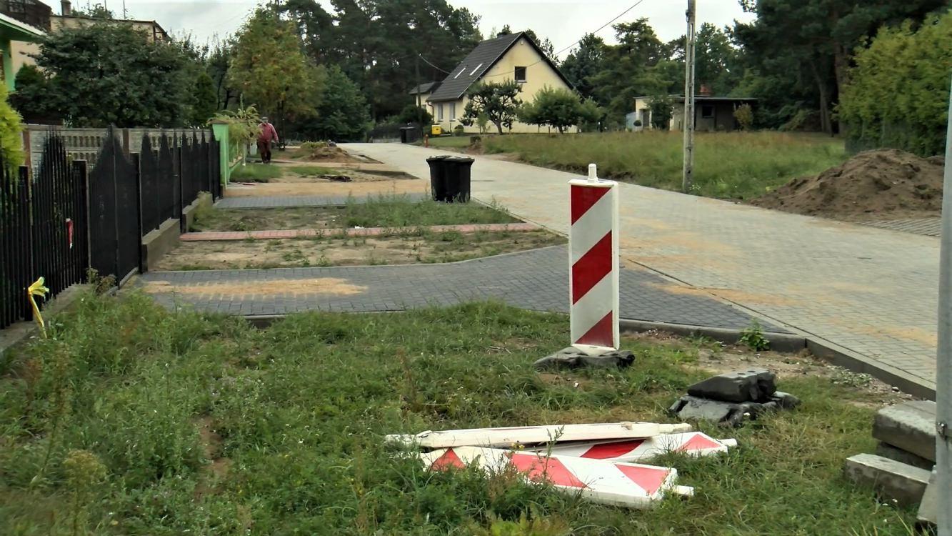 Kończą się prace przy budowie drogi w miejscowości Piaseczno, w gminie Sępólno Krajeńskie