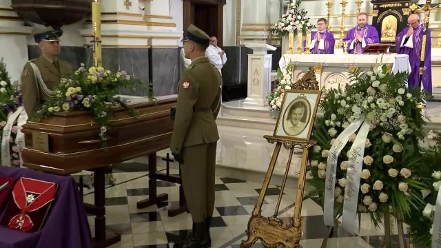 Pożegnanie Wiesława Gołasa. Aktor spoczął na warszawskich Powązkach