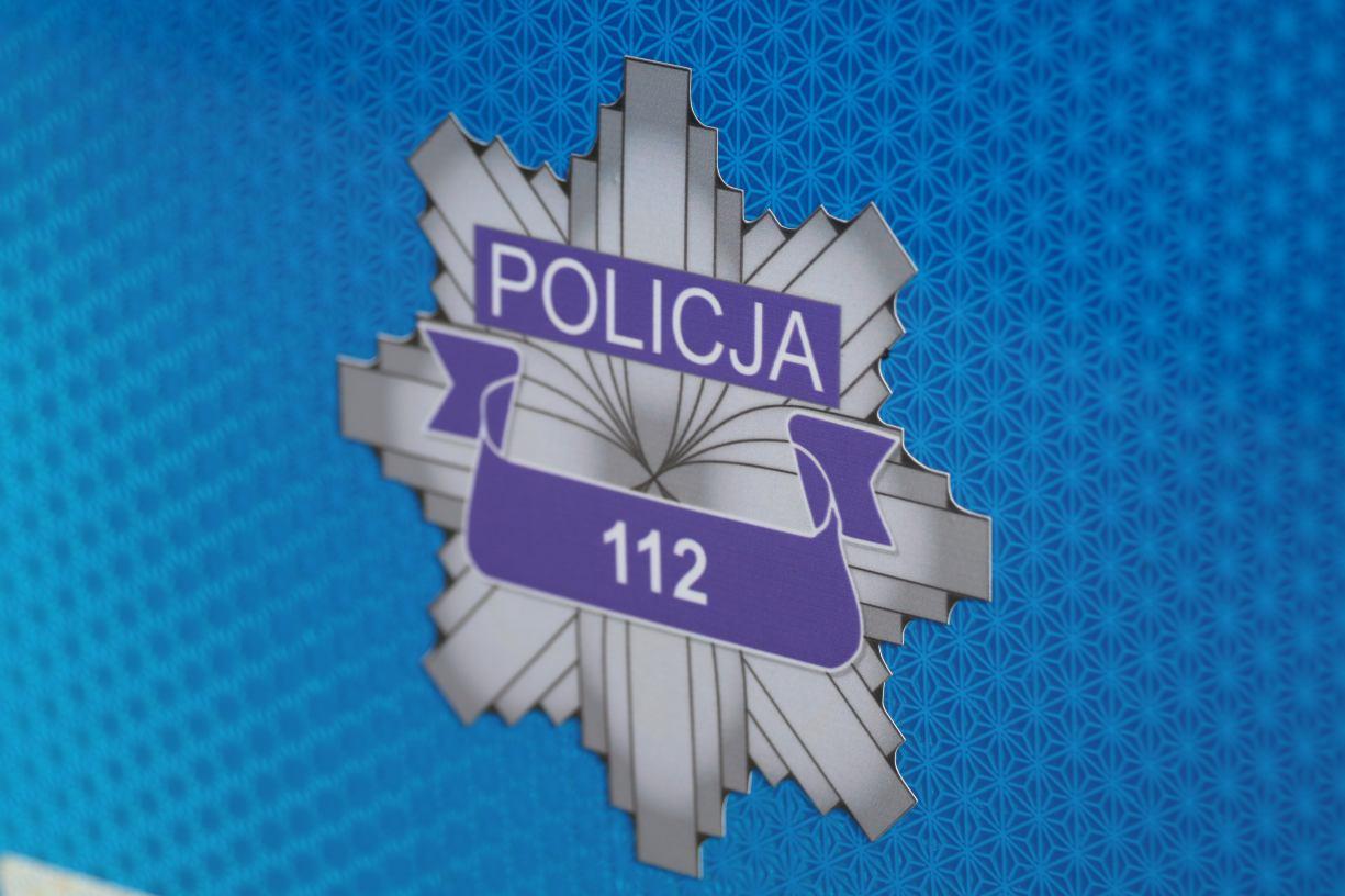 Zderzenie trzech osobówek pod Tucholą. Dwie osoby zostały poszkodowane