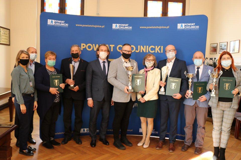 Dwa ekologiczne konkursy w powiecie chojnickim rozstrzygnięte, a ich laureaci nagrodzeni