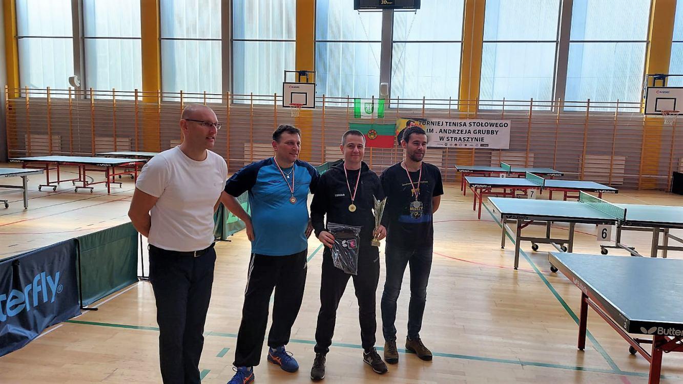 Chojniczanie zdominowali turniej tenisa stołowego w Straszynie