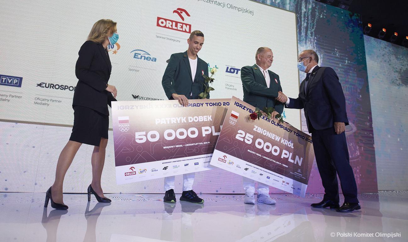Patryk Dobek z Osowa w gminie Karsin nagrodzony podczas Gali Olimpijskiej w Warszawie