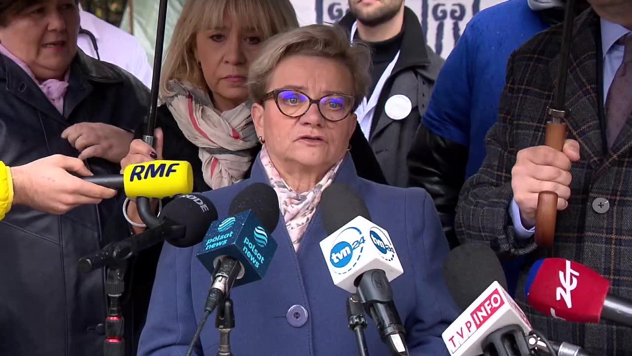 Premier bierze odpowiedzialność za zdrowie i życie Polaków. Protestujący medycy zapraszają M. Morawieckiego do rozmów